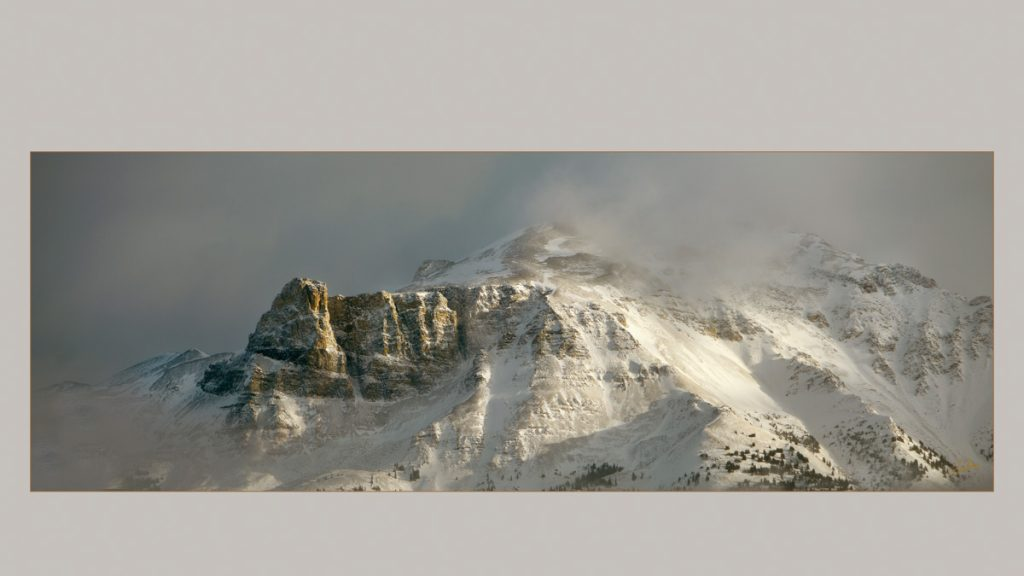 Scenic photograph of snowy mountains - PPOC (Professional Photographers of Canada)